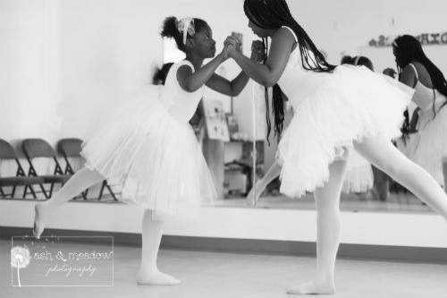05-Girls-Dance-BW-500x333